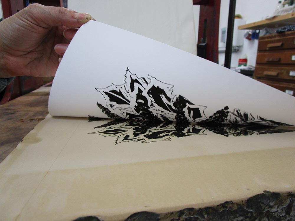 LIFTING STONE LITHO PRINT